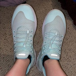 Nike light blue shoes